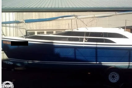 Macgregor 26M for sale in United States of America for $19,050 (£14,413)