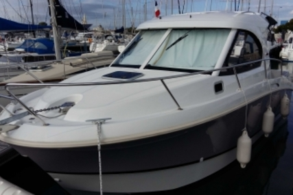 Beneteau Antares Serie 8 for sale in France for €79,000 (£68,756)