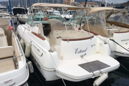 Jeanneau Leader 805 for sale in France for €34,000 (£30,000)