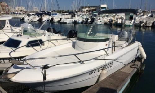 Image of Sessa Marine Key Largo 20 for sale in France for €17,500 (£15,493) LA GRANDE MOTTE, France