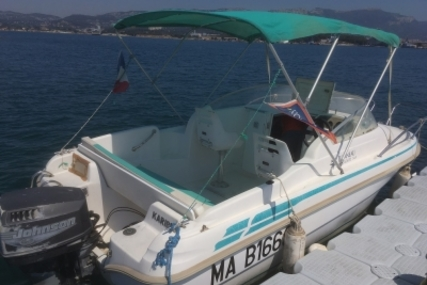 Jeanneau Leader 545 for sale in France for €4,000 (£3,515)