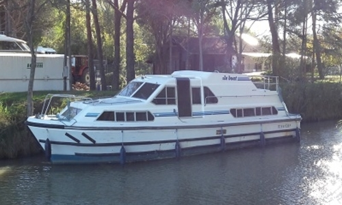 Image of Crown Cruiser 41 NAUTILIA for sale in France for €62,000 (£54,183) CANAL DU MIDI, France