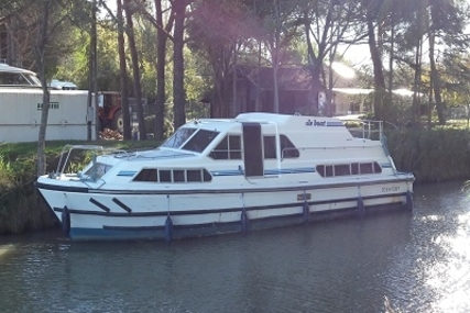 Crown Cruiser 41 NAUTILIA for sale in France for €62,000 (£54,838)