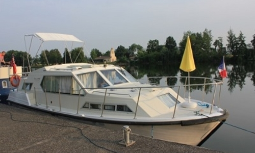 Image of Broom 31 TAMARIS LAKE STAR for sale in France for €43,000 (£37,666) SAVOYEUX, France