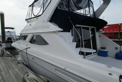 Sea Ray 440 Express Bridge for sale in United States of America for $69,900 (£55,722)
