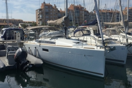 Jeanneau Sun Odyssey 349 for sale in France for €119,000 (£106,122)