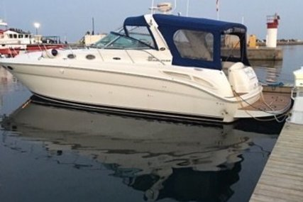 Sea Ray 380 Sundancer for sale in United States of America for $131,900 (£94,419)