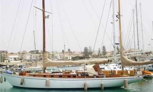 Image of Arthur Robb Yawl for sale in Italy for €185,000 (£162,872) Italy