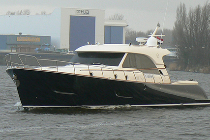 Mochi Craft Dolphin 54 for sale in Netherlands for €545,000 (£486,199)