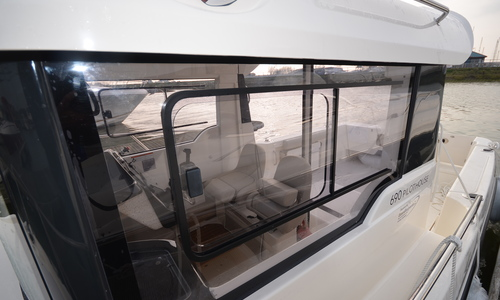 Image of Arvor 690 Pilothouse for sale in United Kingdom for £39,950 Essex Marina, United Kingdom