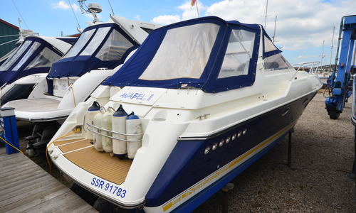 Image of Sunseeker Martinique 38 for sale in United Kingdom for £57,950 Boats.co. HQ, Essex Marina, United Kingdom