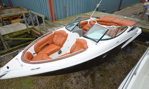 Image of Doral 235 Elite BR for sale in United Kingdom for £24,950 Boats.co. HQ, Essex Marina, United Kingdom