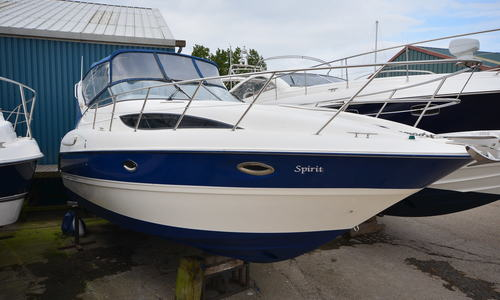 Image of Bayliner 305 Cruiser for sale in United Kingdom for £46,950 Boats.co. HQ, Essex Marina, United Kingdom