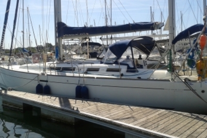 Dufour 455 Grand Large for sale in France for €149,000 (£129,679)