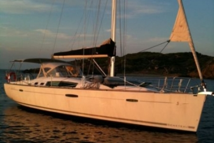 Beneteau Oceanis 46 for sale in France for €129,000 (£114,089)