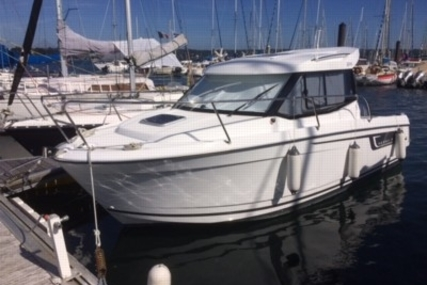 Jeanneau Merry Fisher 695 for sale in France for €39,500 (£34,934)