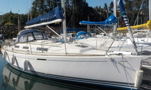 Image of Dufour 325 GRAND LARGE SHALLOW DRAFT for sale in France for €77,000 (£67,780) PAIMPOL, France