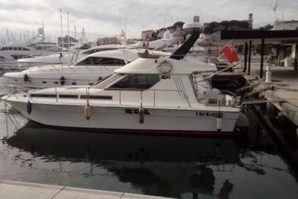 Azimut 43 for sale in Spain for €54,950 (£47,825)