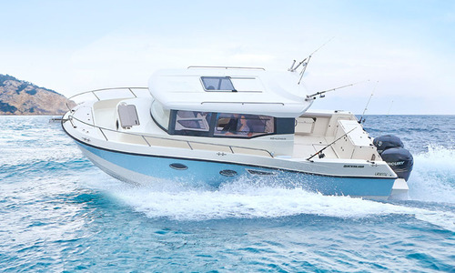 Image of Quicksilver Captur 905 Pilothouse for sale in United Kingdom for £64,425 South East, Hamble, Hampshire, South East, United Kingdom