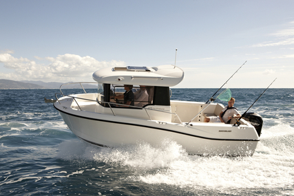Quicksilver Captur 605 Pilothouse for sale in United Kingdom for £21,360