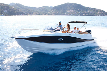 Quicksilver Activ 755 Sundeck for sale in United Kingdom for £30,300