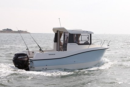 Quicksilver Captur 555 Pilothouse for sale in United Kingdom for £17,000