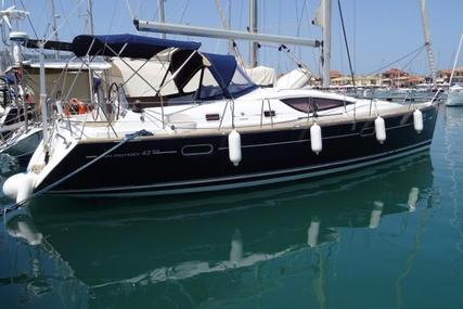 Jeanneau Sun Odyssey 42 DS for sale in Greece for €120,000 (£107,137)