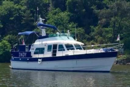 Hardy Marine 42 Commodore for sale in United Kingdom for £324,000
