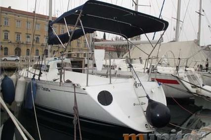 Beneteau First 305 for sale in France for €24,500 (£21,565)