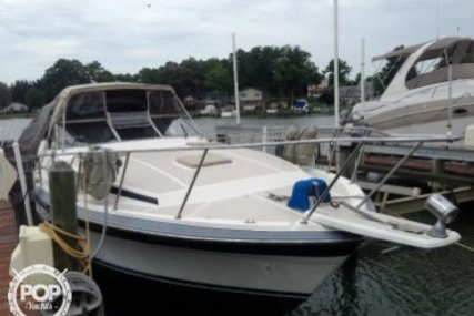 Bayliner Conquest 3250 for sale in United States of America for $11,500 (£8,955)
