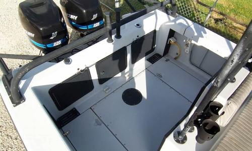 Image of Boston Whaler 26 Outrage for sale in United States of America for $65,000 (£47,554) Slidell, Louisiana, United States of America
