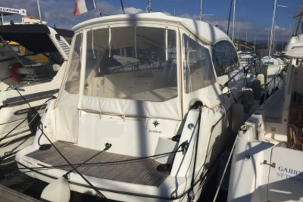 Jeanneau Leader 9 for sale in France for €100,000 (£88,909)