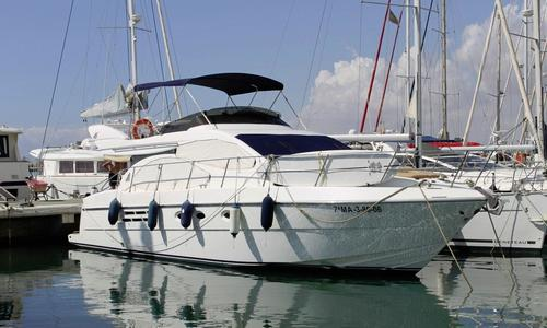 Image of Azimut 46 for sale in Spain for €199,000 (£176,282) Spain