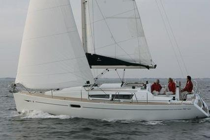 Jeanneau Sun Odyssey 36i Performance for sale in Spain for €84,900 (£75,723)