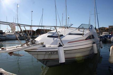 Bayliner 2255 for sale in Spain for €8,400 (£7,528)