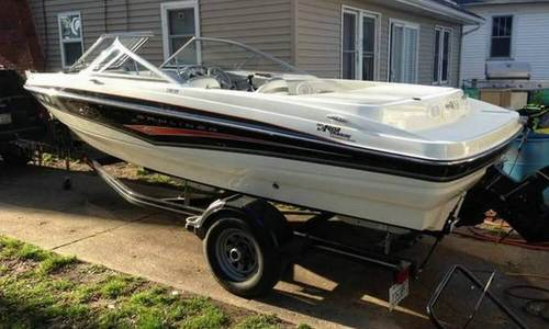 Image of Bayliner 195 Bowrider for sale in United States of America for $15,500 (£11,083) Janesville, Wisconsin, United States of America
