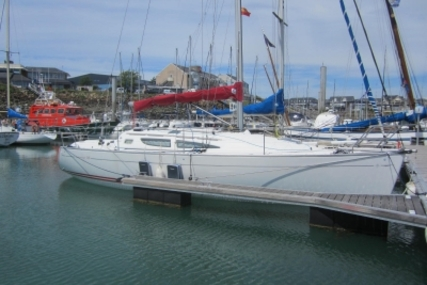 Jeanneau Sun Fast 35 for sale in France for €70,000 (£61,525)