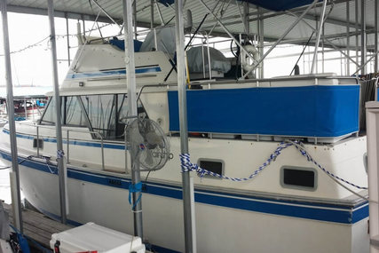 Mainship 36 DC for sale in United States of America for $52,000 (£37,518)