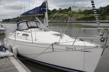 Dufour 32 Classic for sale in Ireland for €34,900 (£30,925)