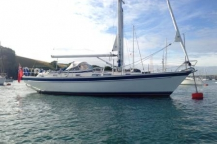 Hallberg-Rassy 42 F MK I for sale in United Kingdom for £140,000