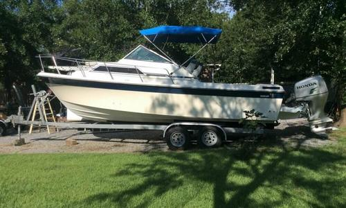 Image of Wellcraft 248 Sportsman for sale in United States of America for $12,500 (£9,007) Pass Christian, Mississippi, United States of America