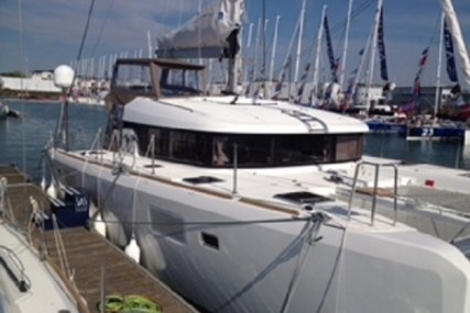 Lagoon 39 for sale in Spain for €290,000 (£253,541)