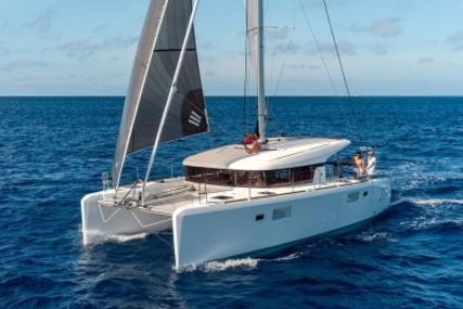 Lagoon 39 for sale in France for €296,000 (£264,524)