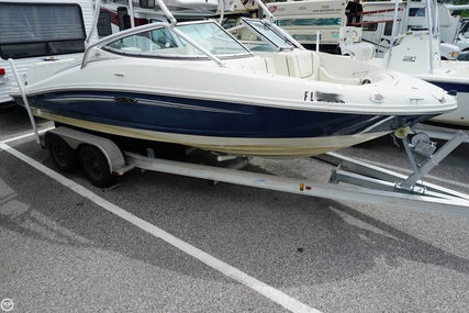 Sea Ray 210 Select for sale in United States of America for $16,900 (£12,852)