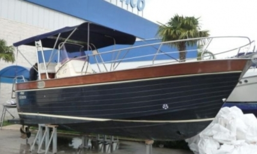 Image of Mimi 25 Libeccio for sale in France for €43,900 (£38,582) FREJUS, France