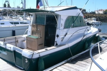 Beneteau Antares 9 for sale in France for €30,000 (£26,943)