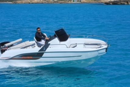 Beneteau Flyer 6.6 Spacedeck for sale in France for €39,900 (£35,587)