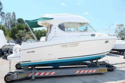 Jeanneau Merry Fisher 805 for sale in France for €39,000 (£34,674)