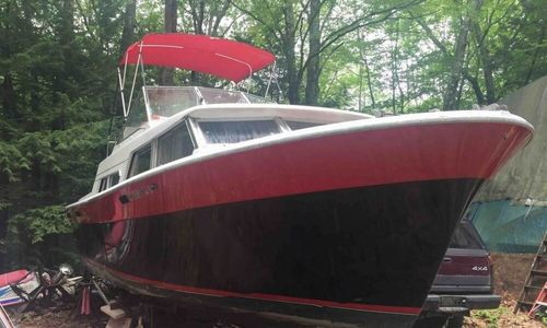 Image of Tollycraft 30 Crowd Pleaser for sale in United States of America for $8,500 (£6,502) Mont Vernon, New Hampshire, United States of America