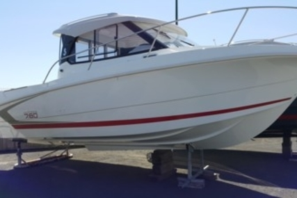 Beneteau Antares 7.80 for sale in France for €44,900 (£40,085)